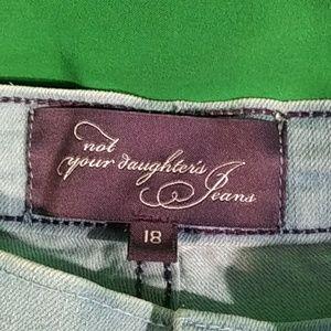 NYDJ Jeans - NYDJ light wash jeans straight leg size 18